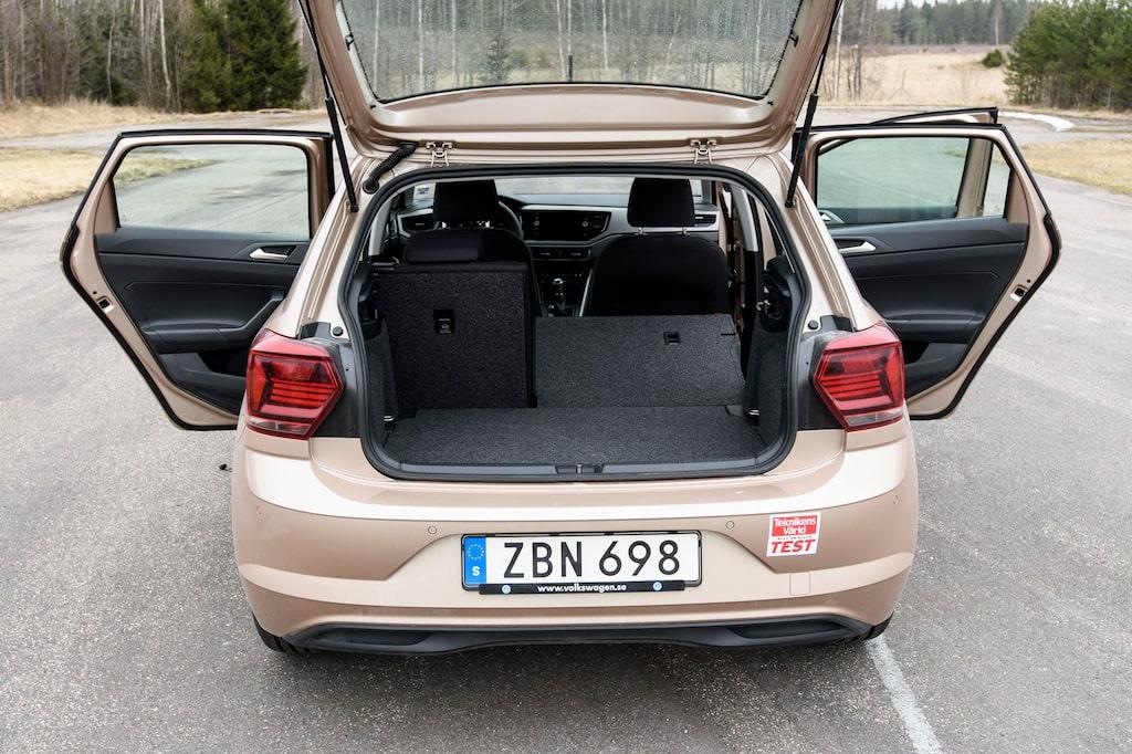 Med den nya generationen växte bagageutrymmet som nu lastar 351-1 125 liter bagage.