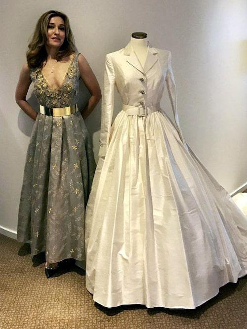 Martina Bonnier med sin egenbrudklänning som hon bar när hon gifte sig för 22 år sedan. Klänningen är designad av Pär Engsheden som även skapade kronprinsessan Victorias brudklänning.