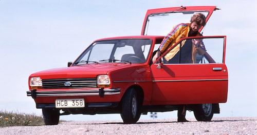 Teknikens Värld synar Fords nya småbil Fiesta som i ett senare test, Teknikens Värld nummer 1/1978, utsågs till bästa köp i konkurrens med många andra namnkunniga bilar i klassen.