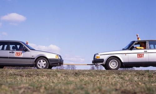 Första dragkampen mellan Volvo 440 och 240 avgjordes i Teknikens Värld nr 10/1989.