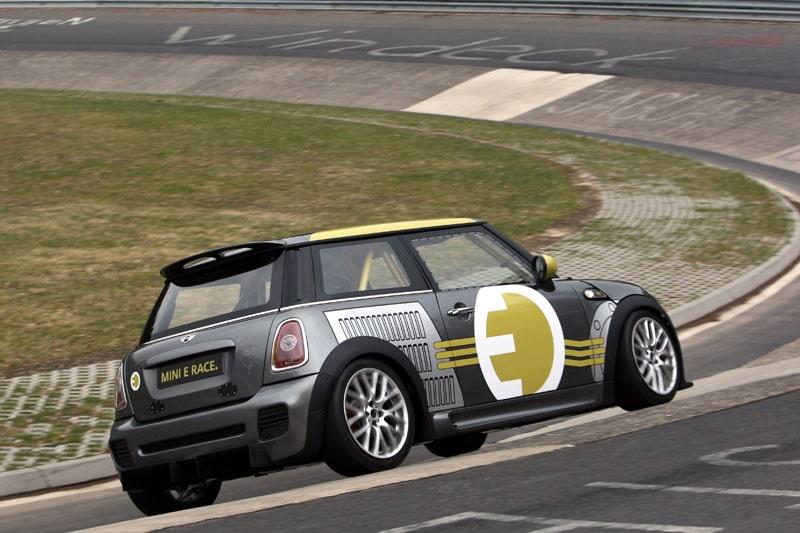 100413-mini-e-nurburgring