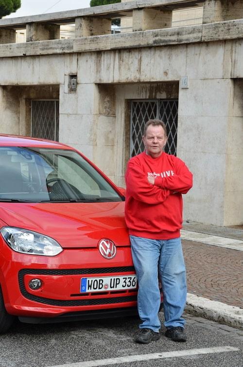 Teknikens Världs PeO Kjellström är den som kör Volkswagens nya A00-bil Up i Rom. En bil som imponerar på flera punkter.
