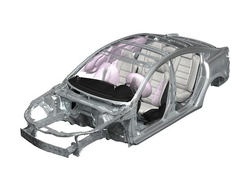 Krockkuddarna hos nya Mazda 6.