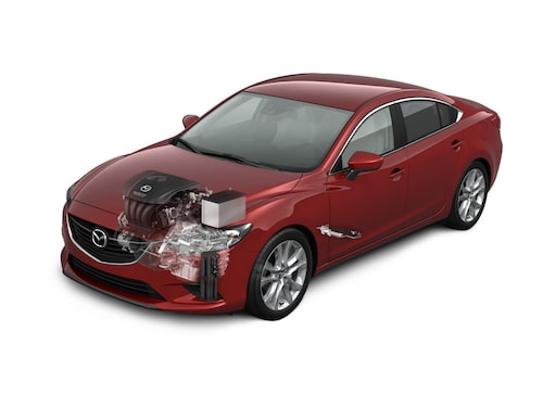 i-Eloop-systemet i fokus hos nya Mazda 6.
