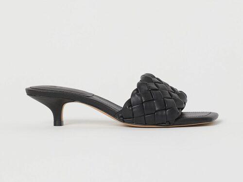Flätade sandaletter från H&M.
