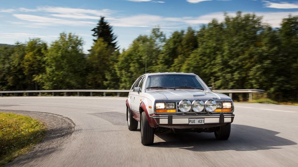 AMC Eagle var tidigt ute med att ha lyx som lufkonditionering, fjärrmanövrerade backspeglar, dimljus, intervall- och bakrutetorkare som standard.