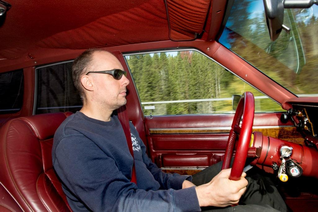Cool kille från Åretrakten som gillar bilar i allmänhet och AMC Eagle i synnerhet. Robert Jonsson inspirerades till köp av en provkörning i Teknikens Värld.
