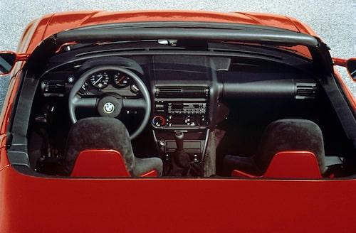 Fler bilder på klassiska BMW Z1 via länken nedan.