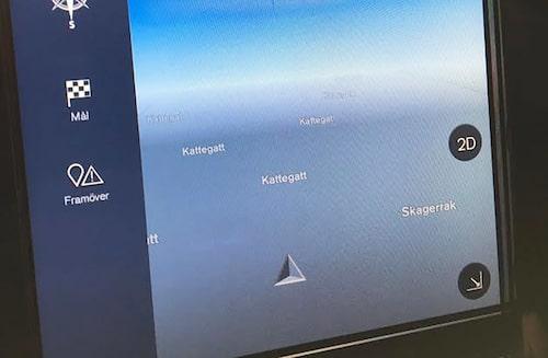 Under provkörningen fick Sensus-systemet ett spel och det blir allmän oordning. Navigatorn visade att vi befann oss i Kattegatt i stället för på västkusten.
