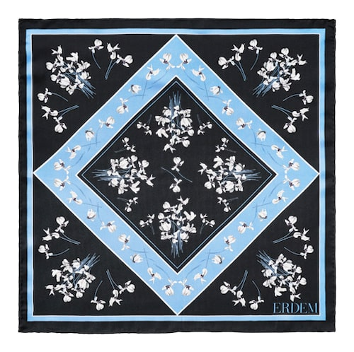 Mönstrad scarf från Erdem x H&M.