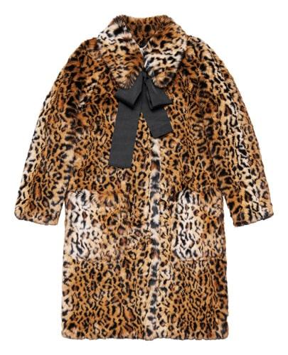 En klassisk leopardjacka ryms i kollektionen.