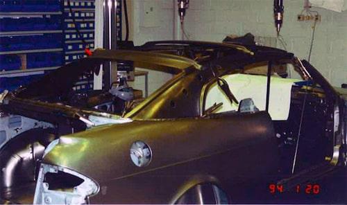 Framställningen av Saab 900 Coupé hos Valmet i finska Nystad i januari 1994.