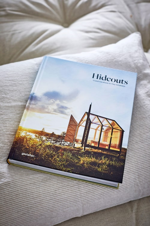 Bok Hideouts, 400 kr, new-mags.com.