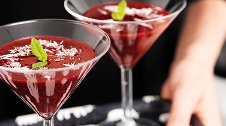 Bärgazpacho med lime och mynta