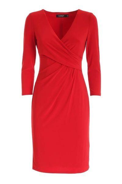 Röd jerseyklänning från Lauren Ralph Lauren.