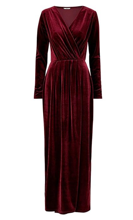 Röd sammetsklänning till jul.