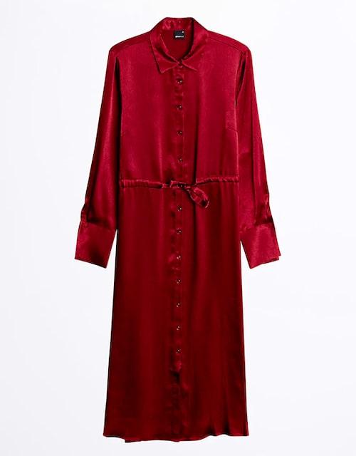 Röd klänning för dam till jul.