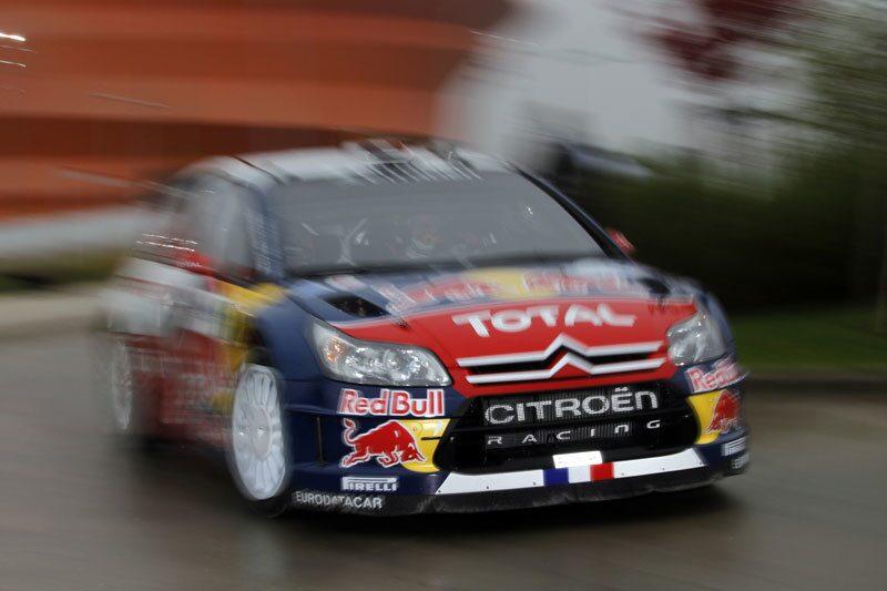 Sebastien Loeb med sin co-driver Daniel Elena.