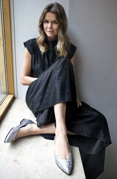 Valerie Aflalo i egendesignade skon Star.
