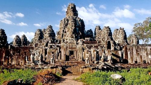 Templet Angkor Wat utanför Siem Reap är det största religiösa monumentet i världen.