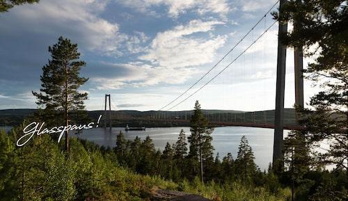 Gör ett stopp vid Högakustenbron på vägen.