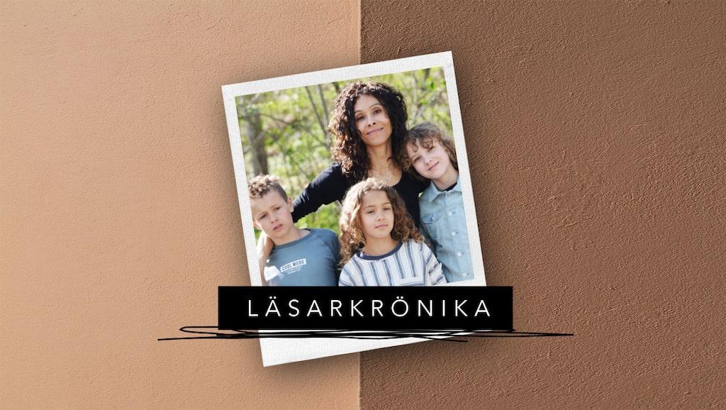 """Trebarnsmamman Lisa Christensen är aktuell med debutromanen """"Spela roll""""."""
