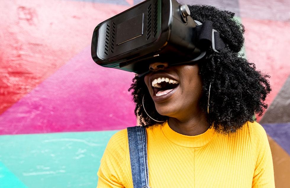 Se en förlossning i virtual reality.