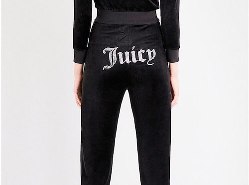 Vem minns inte Juicy Coutures velourset, som bland andra Paris Hilton satte på modekartan under 00-talet?