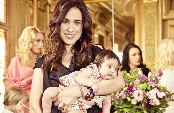Tilde Fröling och lilla dottern Marley, 4 månader.