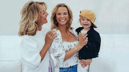 Margaux tillsammans med mamma Eveline Dietz och sonen Arnold.