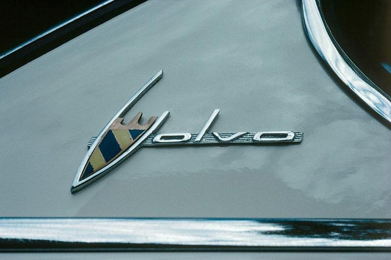 090827-ford-säljer-volvo