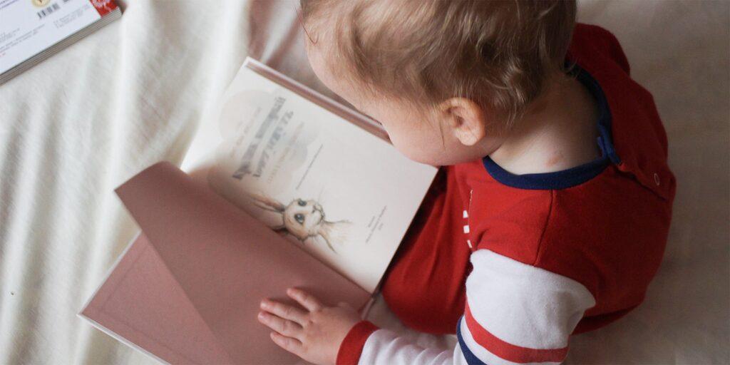 Vad ska man ha för sovrutiner för sitt barn? Är pyjamas och godnattsaga viktigt?