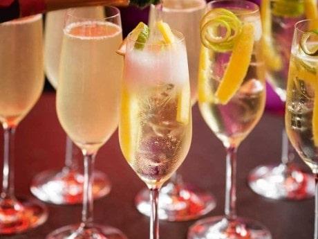 Champagnepunsch med gin och limoncello