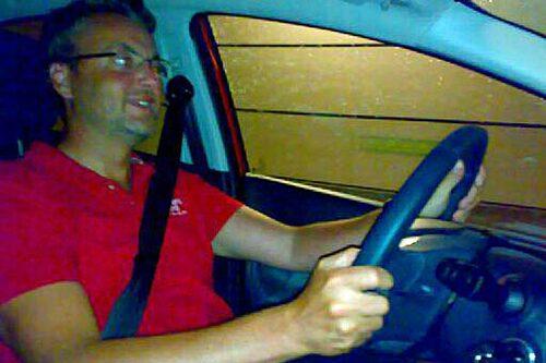 ...med Hans Hedberg bakom ratten.