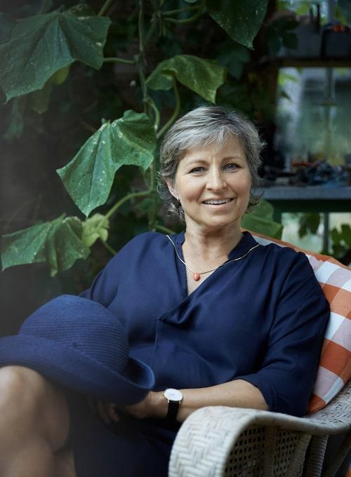 Anna Klingspor i sitt älskade växthus. I 30 år har hon bott på ön utanför Vaxholm