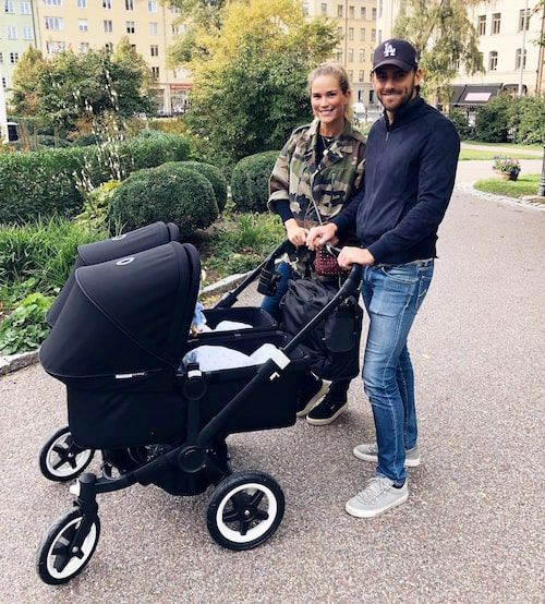 Första promenaden för familjen!