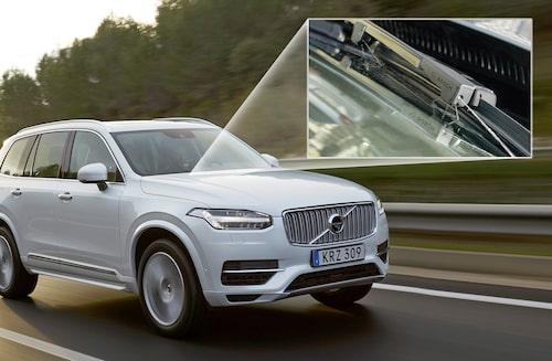 Nya Volvo XC90 är standardutrustad med Bosch Jet Wiper som har spolarmunstyckena integrerade i torkararmarna.