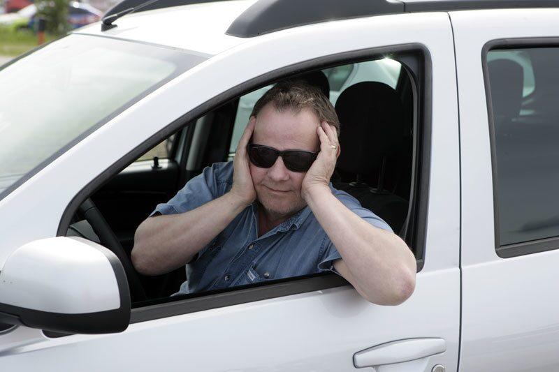 PeO Kjellström vill INTE höra talas om bilar som INTE har antisladdsystem som standard.