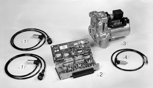 Pressbild från 1978 som visar sensorer till hjulen, hydrauliska och digitala enheter.