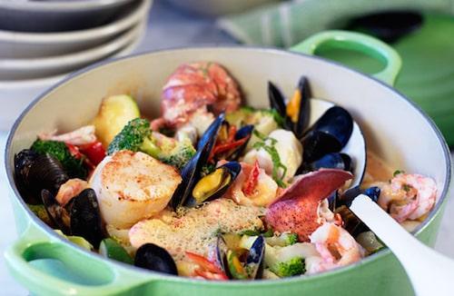 Recept på Pontus fisk- och skaldjursgryta.