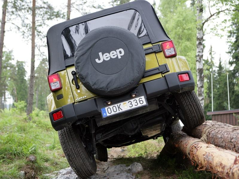 Trots sin storlek är det i terrängen som Jeep Wrangler fungerar allra bäst.