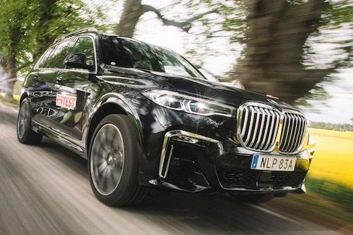 Under huven en V6-diesel på tre liter – väl balanserad och anpassad för stora, tunga X7.