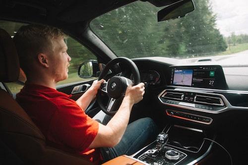 Oskar Krüger undrar gång på gång vad de här bilarna är bra för egentligen.