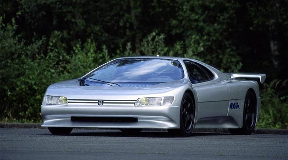 Konceptbilen Peugeot Oxia från 1988. V6-motor med dubbelturbo på 680 hästkrafter.