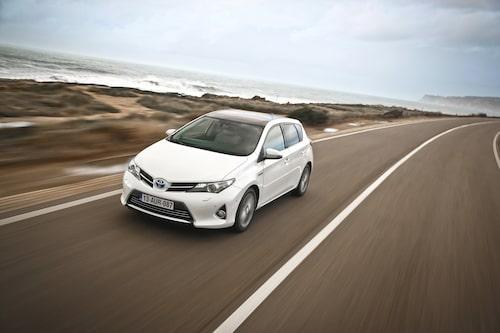 Helt nytt utseende som följer Toyotas nya och tuffare formspråk. Flertalet andra har redan fått eller är på väg att ta del av det.
