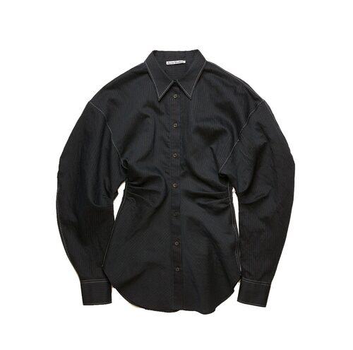 Skjorta från Acne Studios. Klicka på bilden och kom direkt till skjortan.