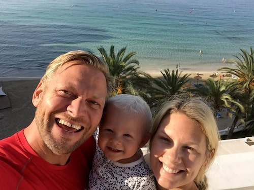 Anna Brolin med maken Jesper och sonen Elton.