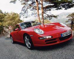 Provkörning av Porsche 911 Carrera 4