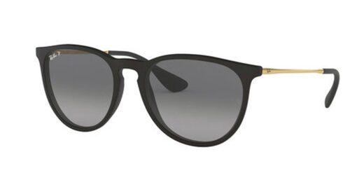 Runda glasögon mjukar upp ett fyrkantigt ansikte.