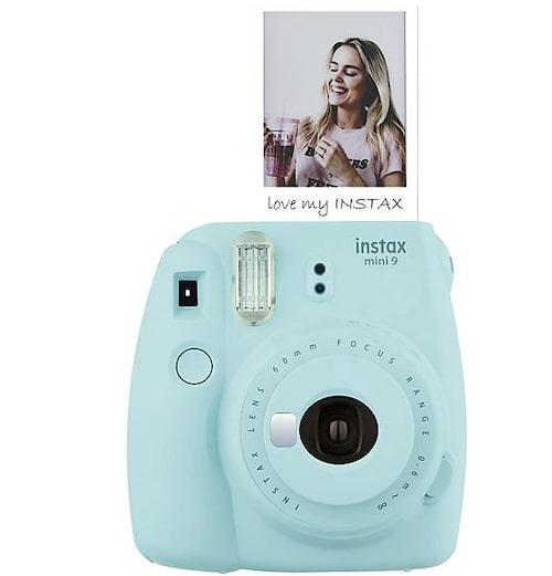 Kameran är för många ett måste i BB-väskan, även om nya mobiler också har en riktigt bra kamera. Kolla att den är avbockad på checklistan!